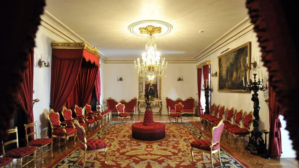 Palacio Capitanía Ferrol visita guiada salon del trono